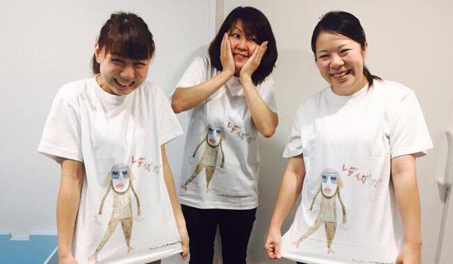3人のTシャツ写真